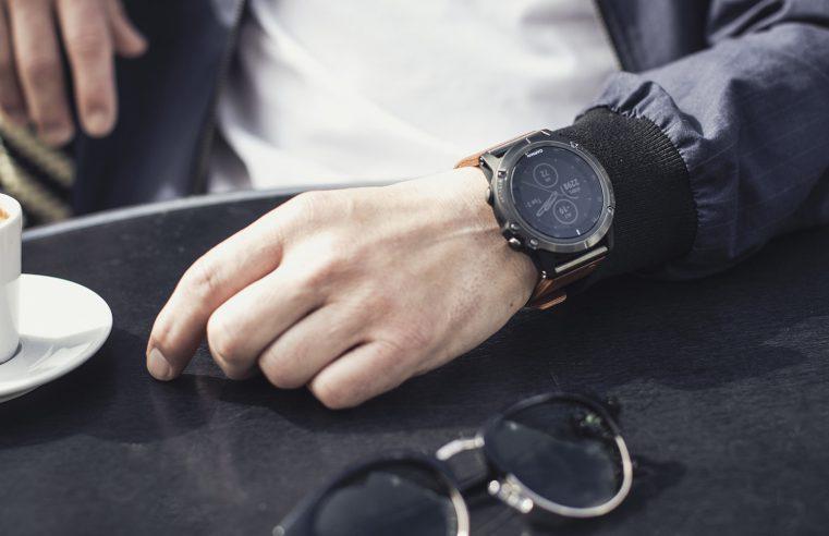 Fenix 5 smartwatch
