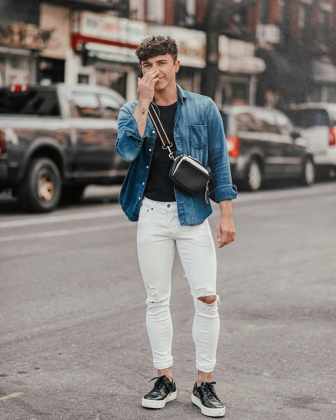 20 Outfits Of White Pants For Men