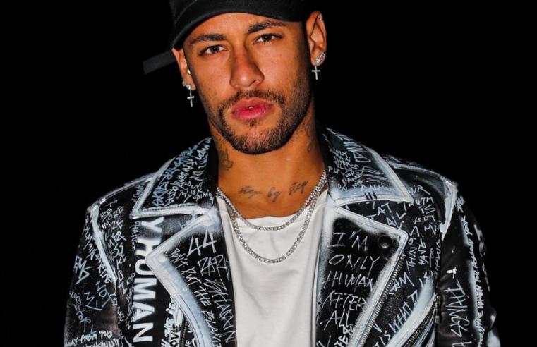 Neymar wearing a street style outfit