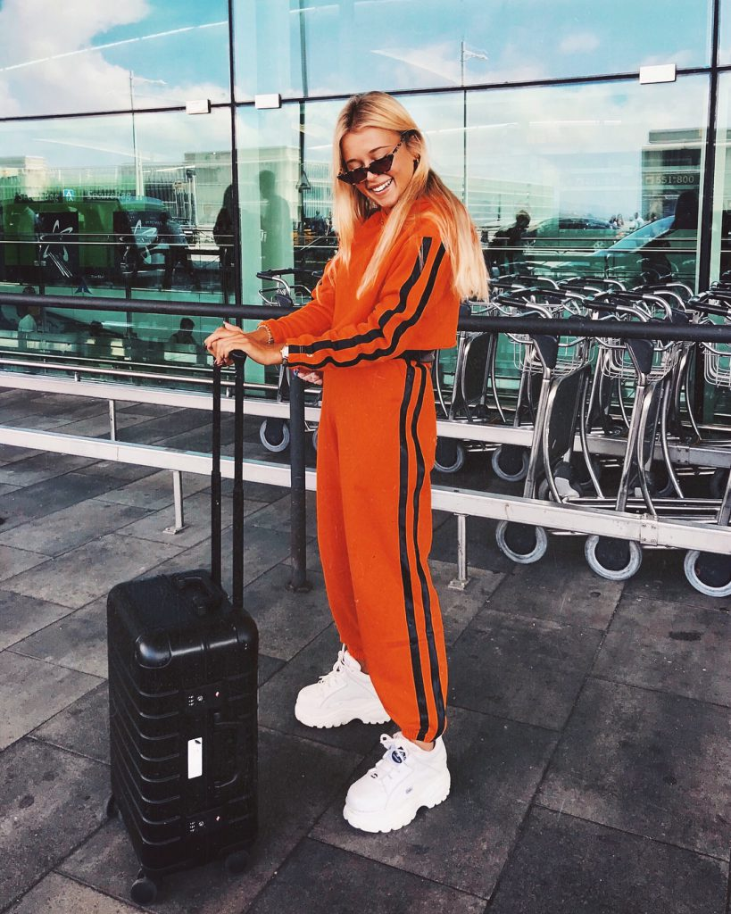 Andreabelverf wearing a matching set to the airport