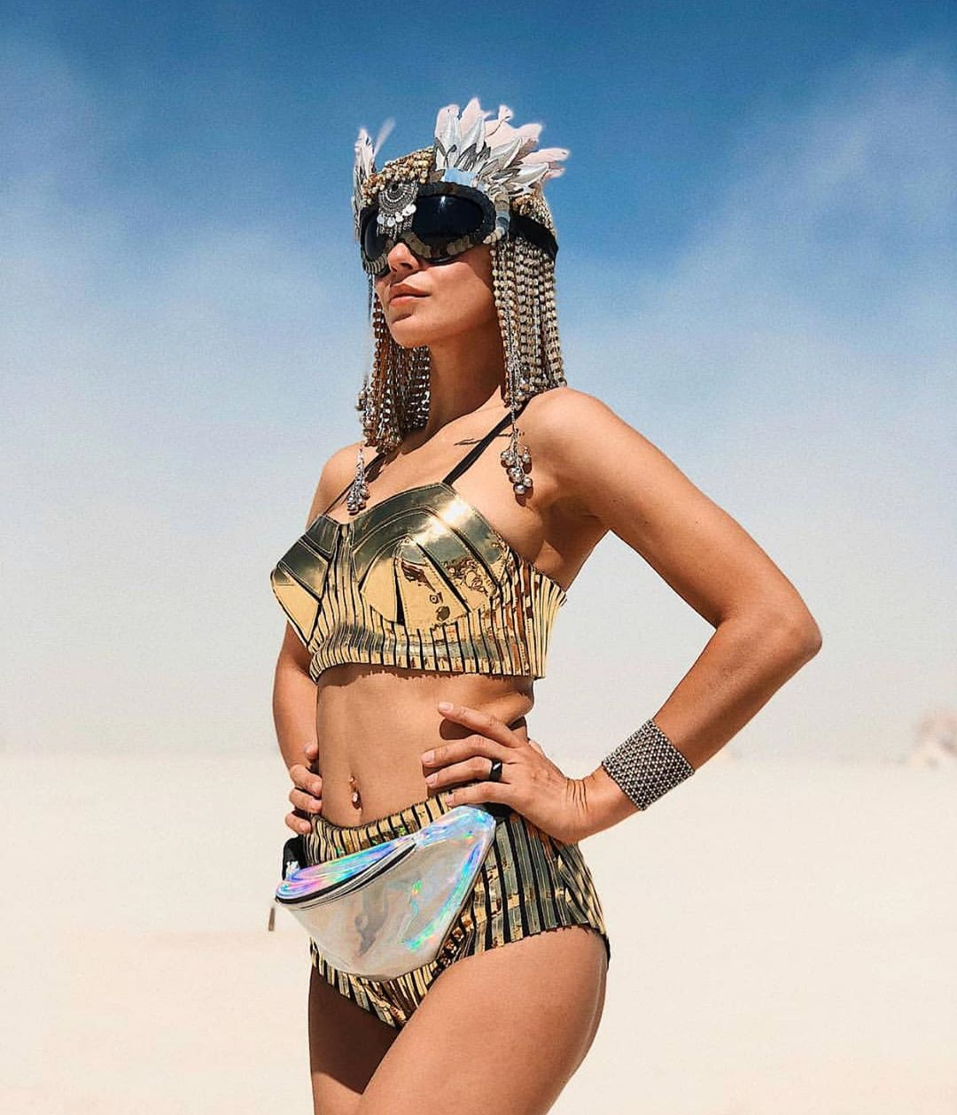 cleopatra-outfit-idea-festival-burning-man-2019