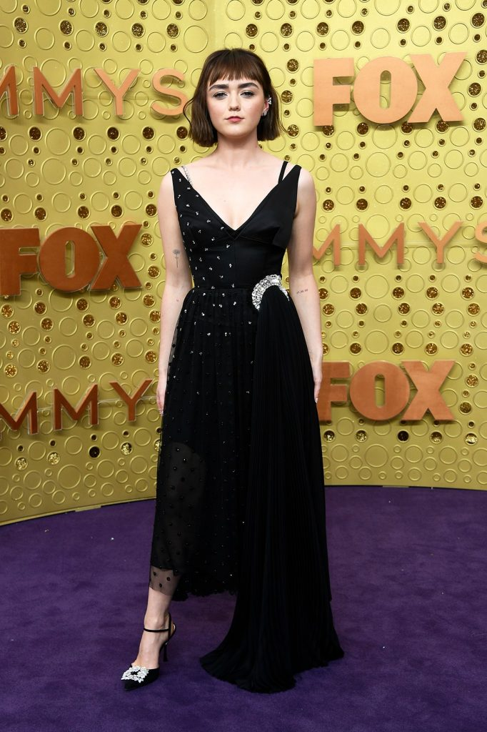 emmy-awards-best-celebrity-red-carpet-looks-Maisie-Williams