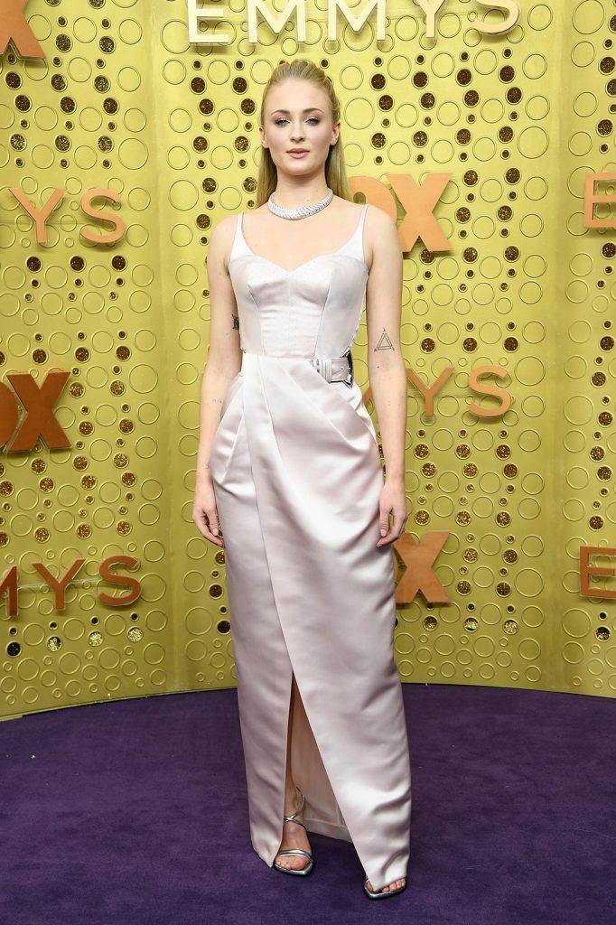 emmy-awards-best-celebrity-red-carpet-looks-Sophie-Turner