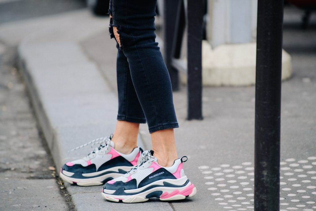 Balenciaga-sneakers-track-triples-on-foot