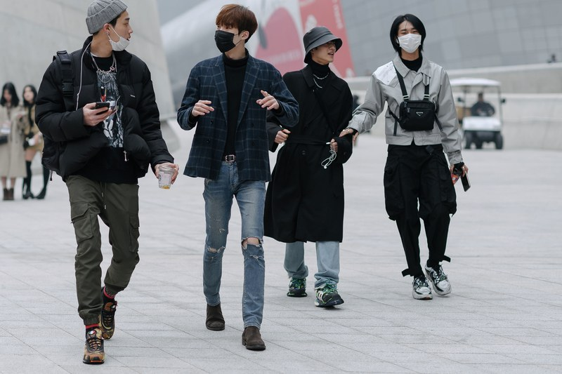 Seoul-fashion-week-street-style-outfits-techwear-men