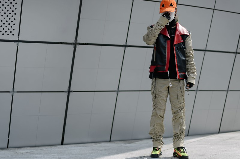 Seoul-fashion-week-techwear-outfit-street-style-1