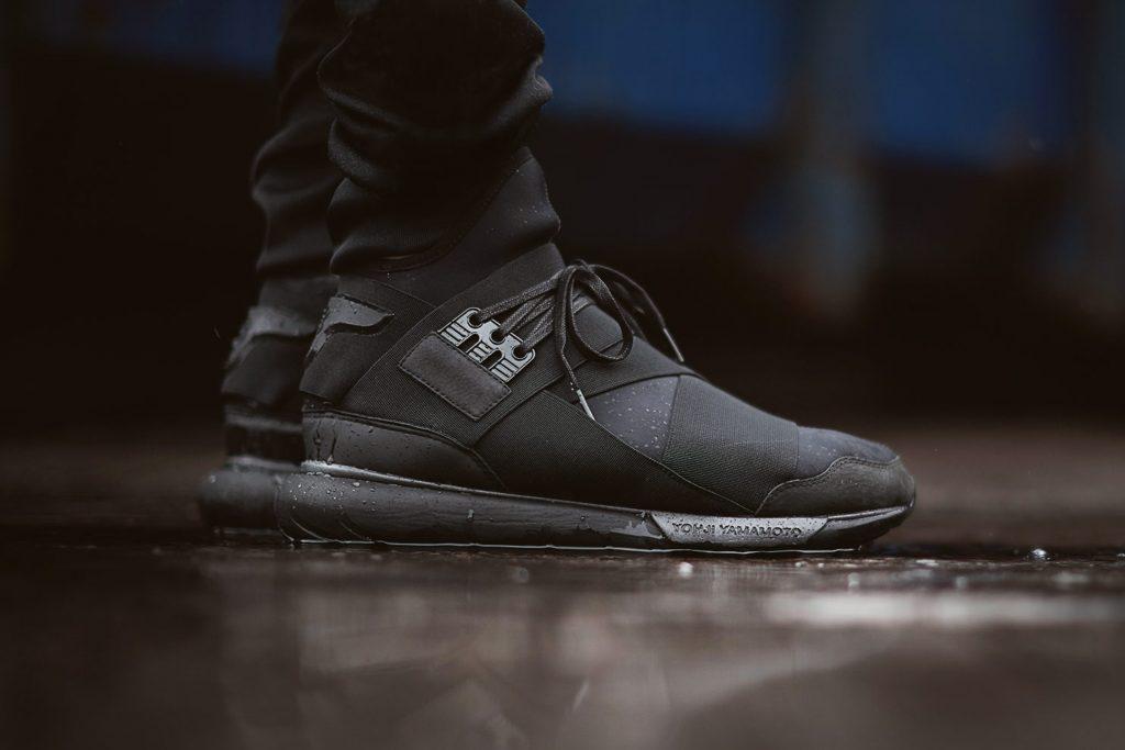 Techwear-black-shoes-idea