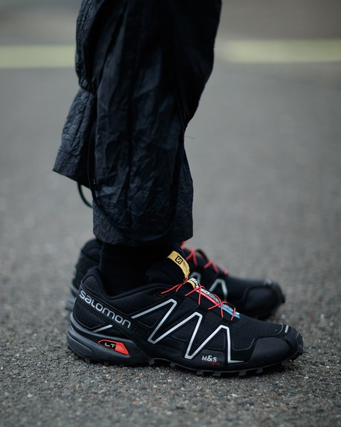 techwear-shoes-idea-salomon-sneaker
