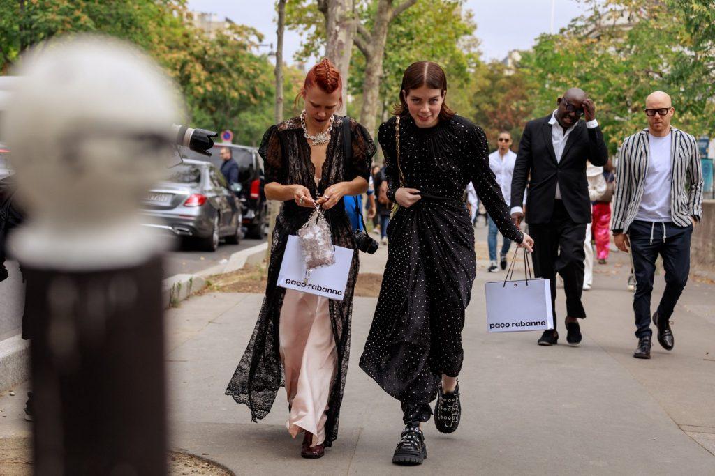 paris-fashion-week-street-style-looks-ss20-22