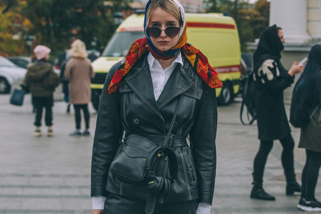 Moscow-russia-fashion-week-ss20-street-style-mercedes-benz-32