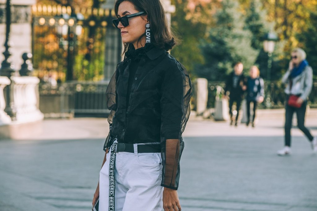 Moscow-russia-fashion-week-ss20-street-style-mercedes-benz-21
