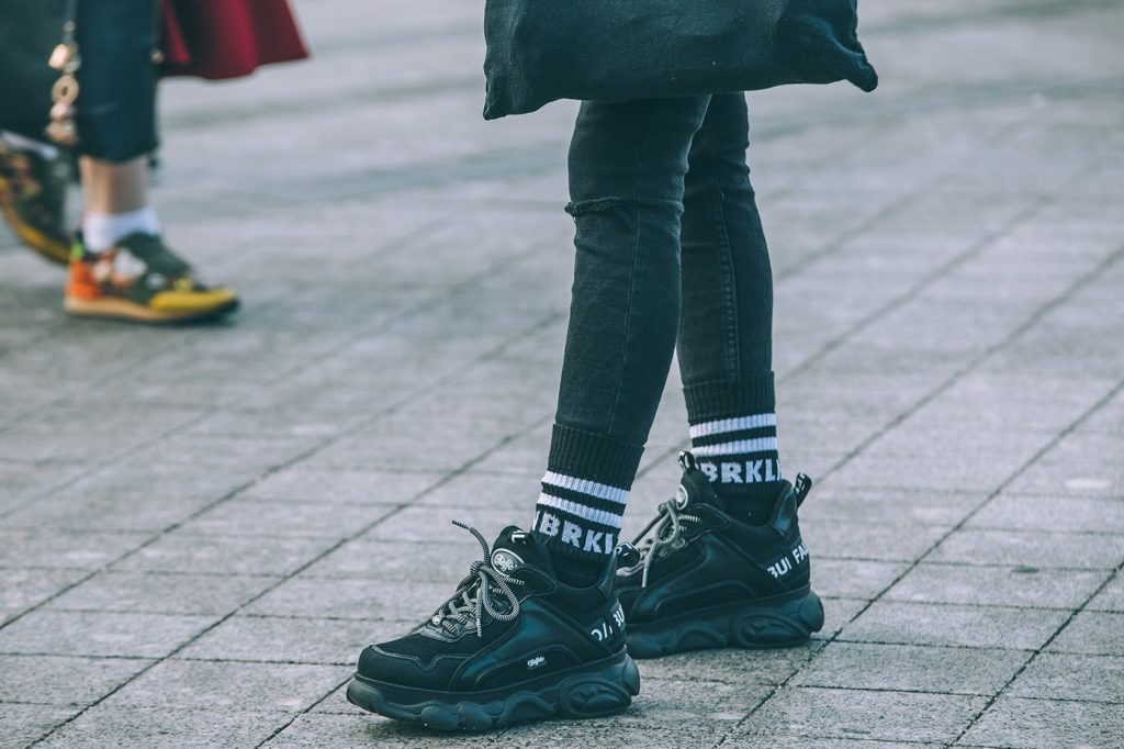 Mercedes-Benz-Fashion-Week-Russia-street-style-footwear-2