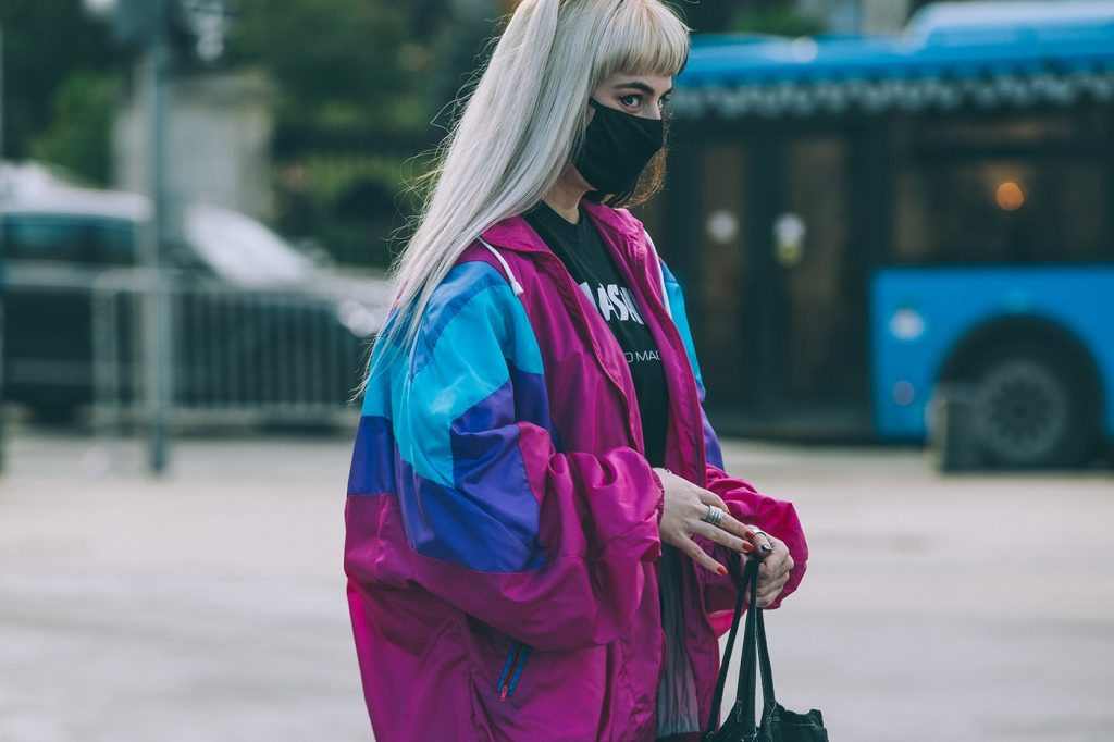 Moscow-russia-fashion-week-ss20-street-style-mercedes-benz-20