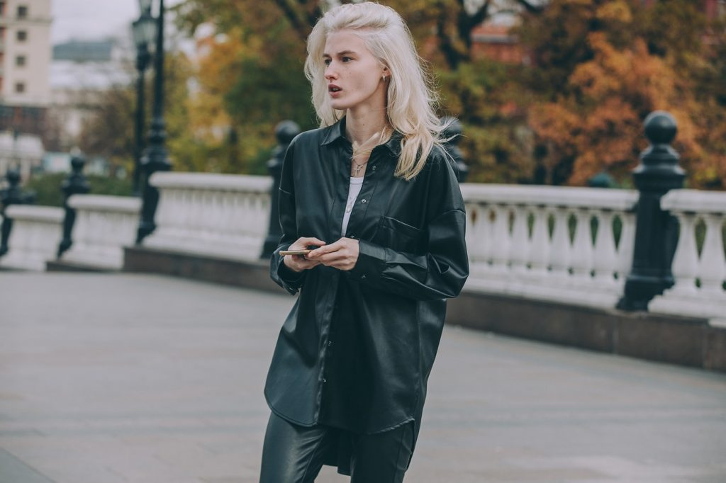 Moscow-russia-fashion-week-ss20-street-style-mercedes-benz-18