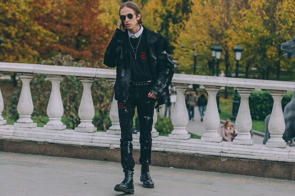 Moscow-russia-fashion-week-ss20-street-style-mercedes-benz-17