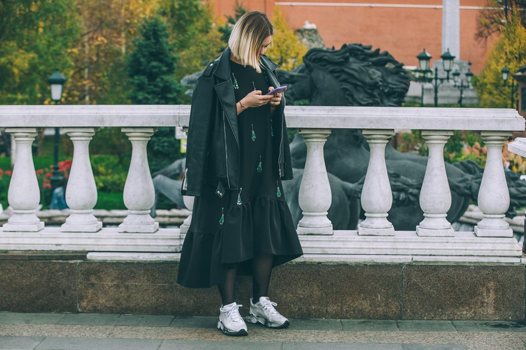 Moscow-russia-fashion-week-ss20-street-style-mercedes-benz-14