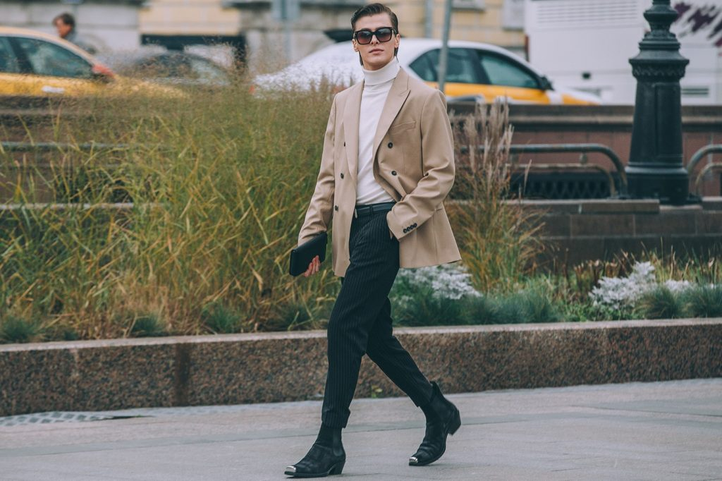 Moscow-russia-fashion-week-ss20-street-style-mercedes-benz-6