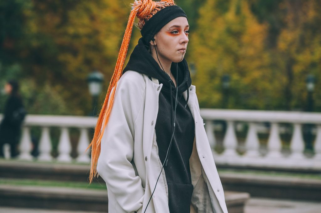 Moscow-russia-fashion-week-ss20-street-style-mercedes-benz-30