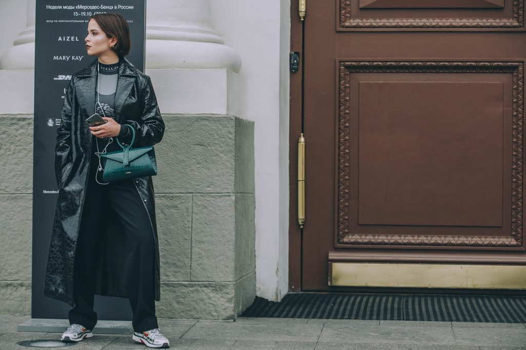 Moscow-russia-fashion-week-ss20-street-style-mercedes-benz-26