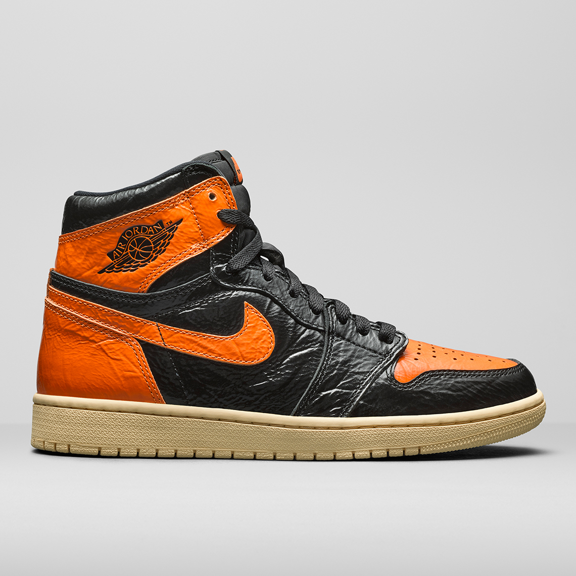 jordan-1-fearless-sbb-black-orange