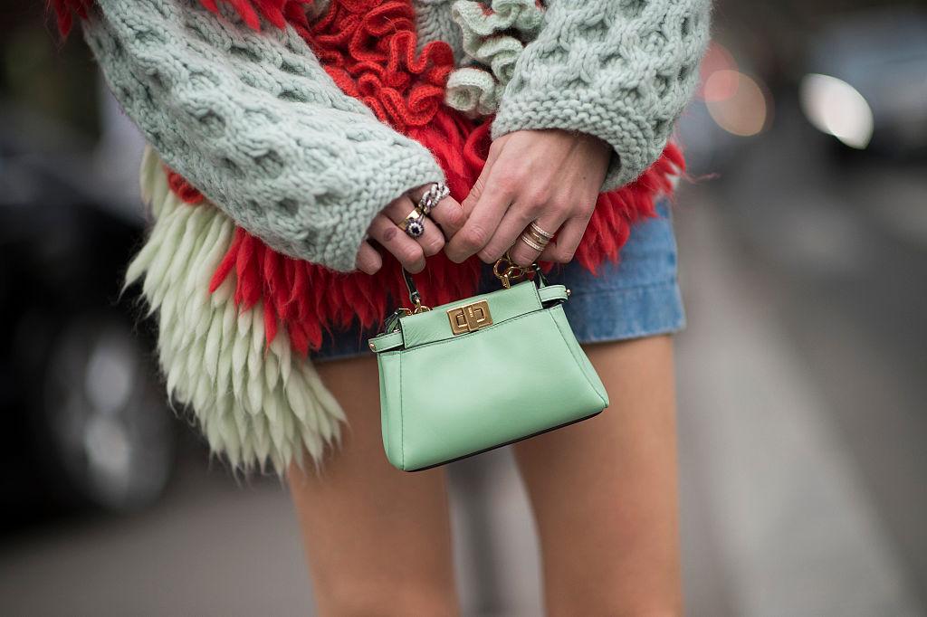 Paris-Fashion-Week-women-mini-bag