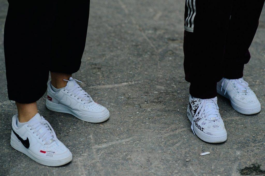 Mercedes-Benz-Fashion-Week-Russia-street-style-footwear-6