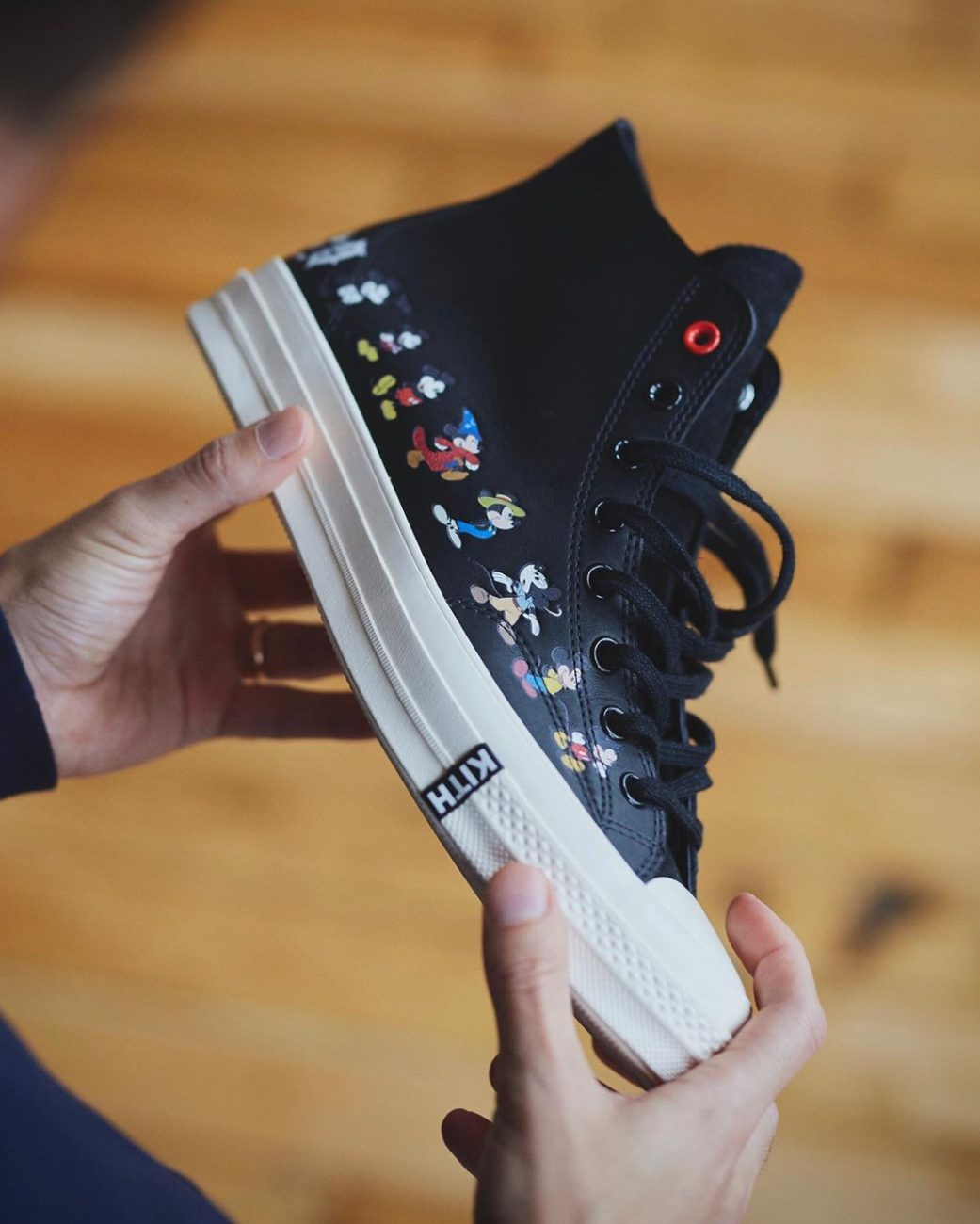 71530162_478kith-disney-sneakers-collection-chuck-taylor-70