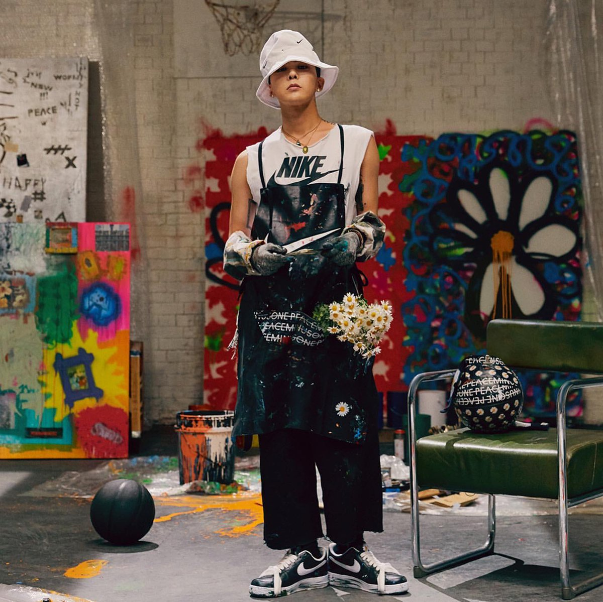 G-Dragon-PEACEMINUSONE-Nike-collaboration.