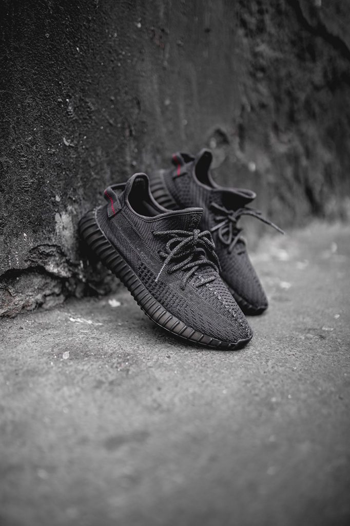 yeezy-boost-350-v2-black