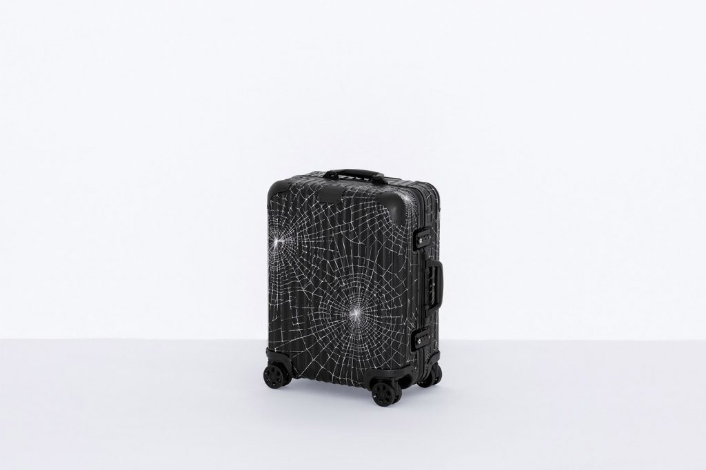 supreme-rimowa-fall-2019-custom-suitcases-smallsize-back