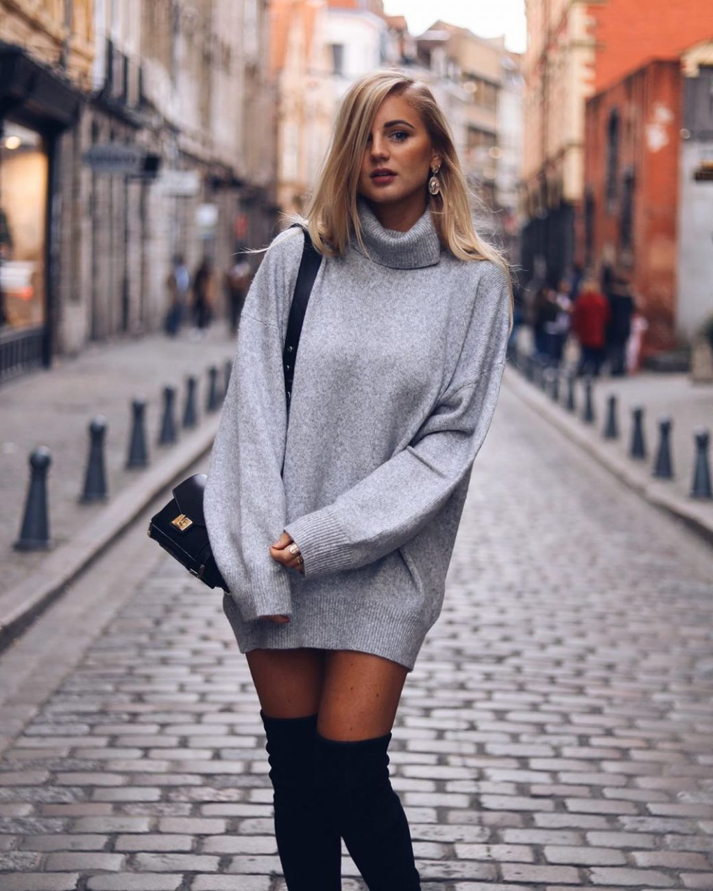 style-high-neck-sweater-dresses