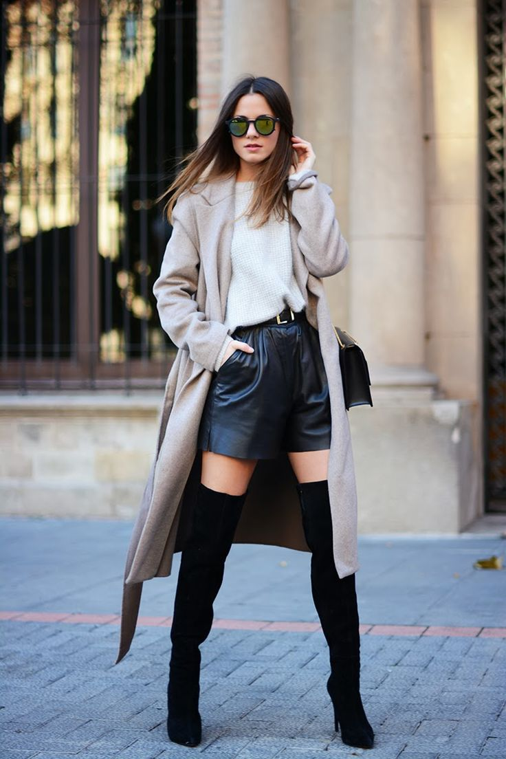 winter-shorts-outfits-leather