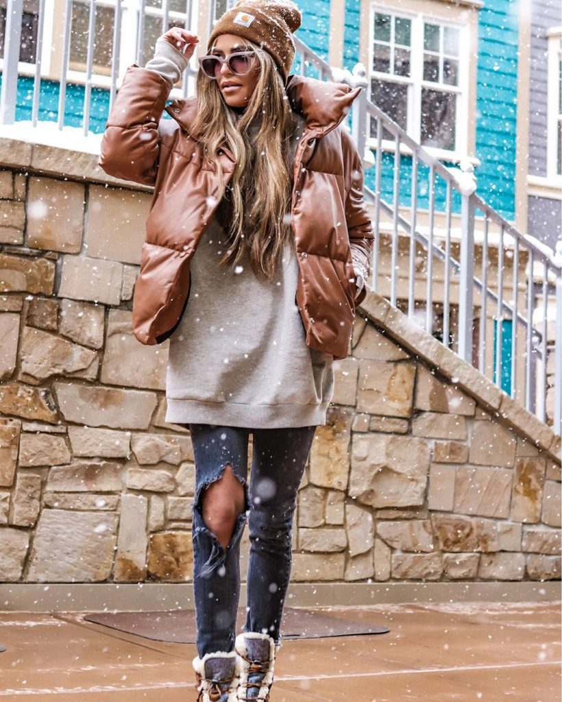 Street-style-puffer-coat-outfit-idea-by-jordan-washburn