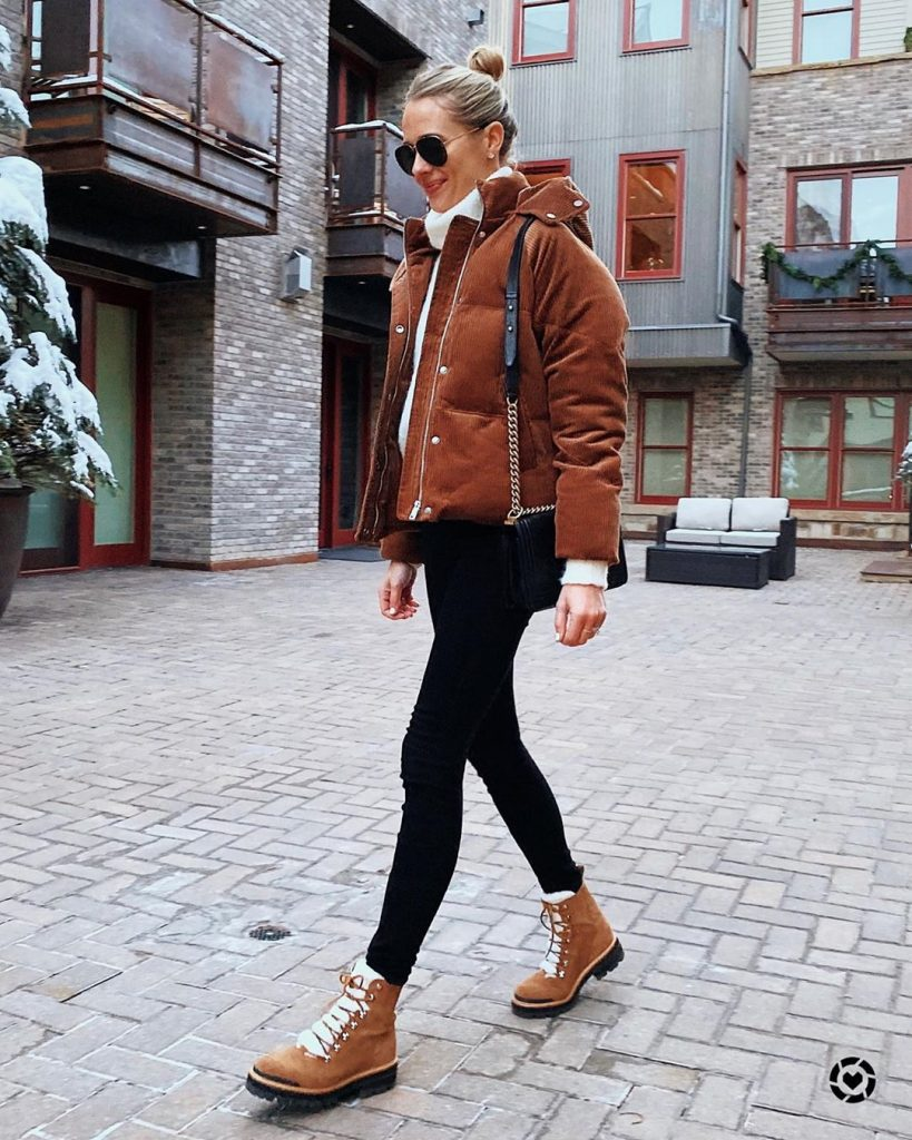 Street-syle-puffer-coat-winter-outfit-idea-2020-by-amy-jackson