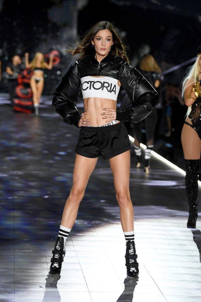 sexiest-look-Victoria-secret-2018-boxe