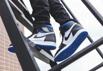 air-jordan-1-game-royal-on-foot-picture