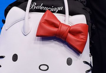 balenciaga-hello-kitty-bag